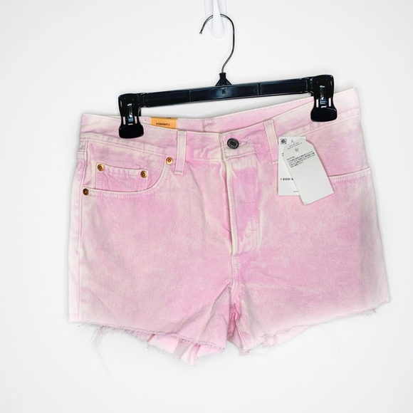 Levi's Pants - NWT Levi's Straight Leg Button Fly Pink Shorts
